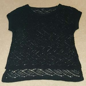 Black see through short sleeve high low blouse.